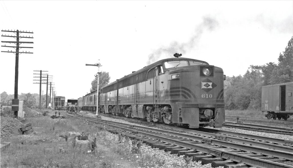 LV 610 at Rochester Junction, 1952. J. W. Park photo. Honeoye Falls - Town of Mendon Historical Society Collection.