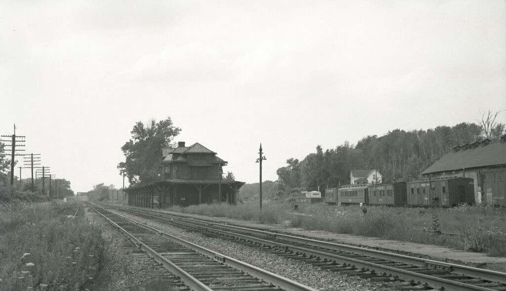LV Station looking west at Rochester Junction. Collection of Charles Woolever.