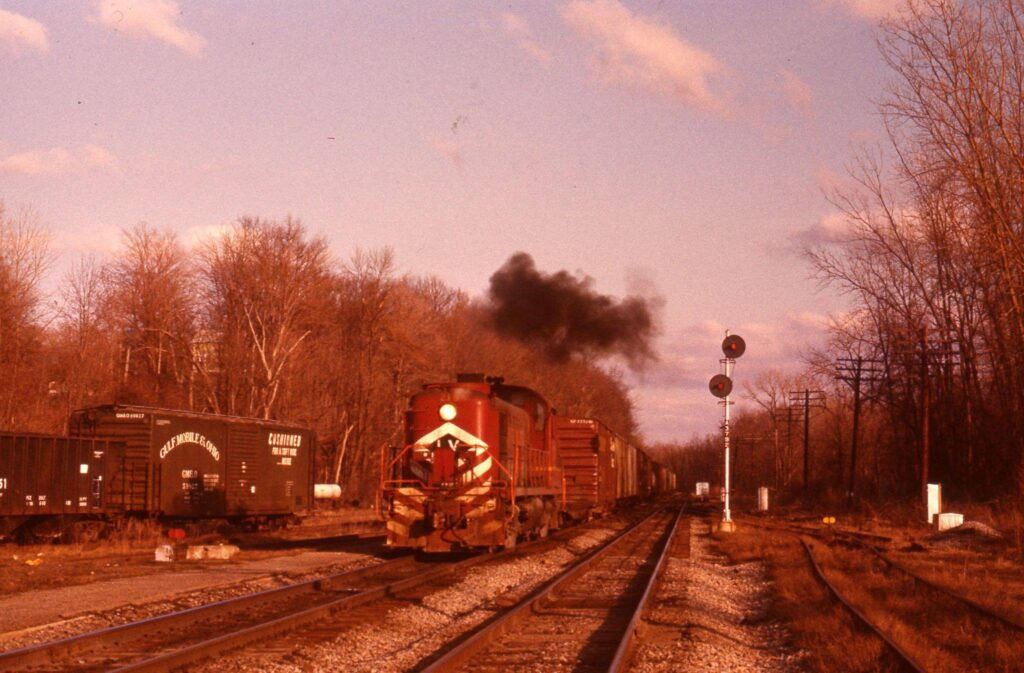 Lehigh Valley westbound freight at Rochester Junction, early 1970s. Ron Amberger photo.