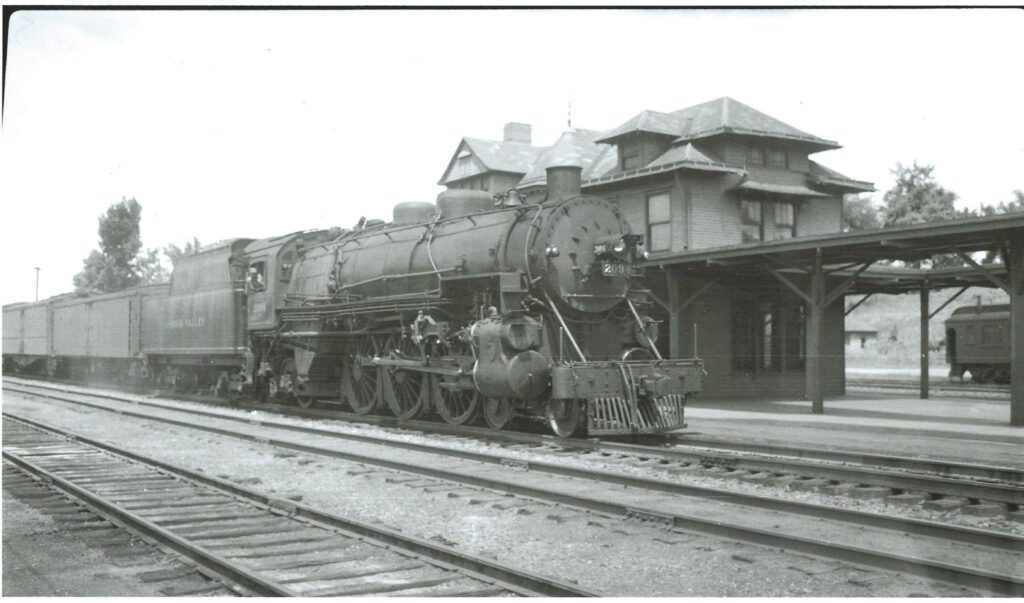 Steam at Rochester Junction, 1939. Douglas Morgan Collection.