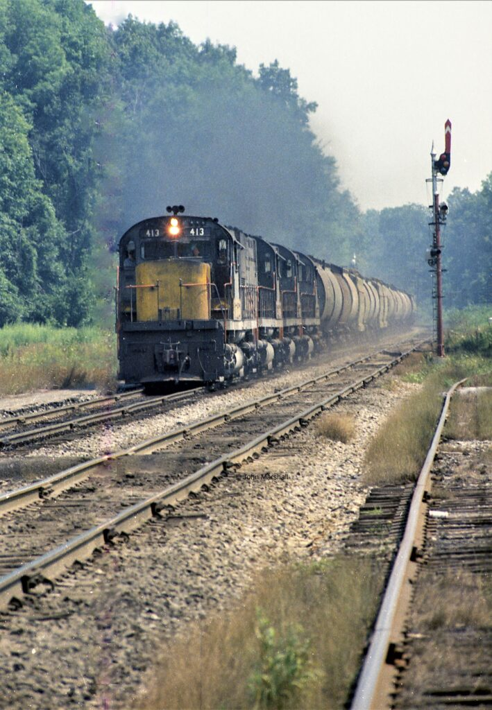 Westbound Lehigh Valley train at Rochester Junction, 1970. John Marshall photo.