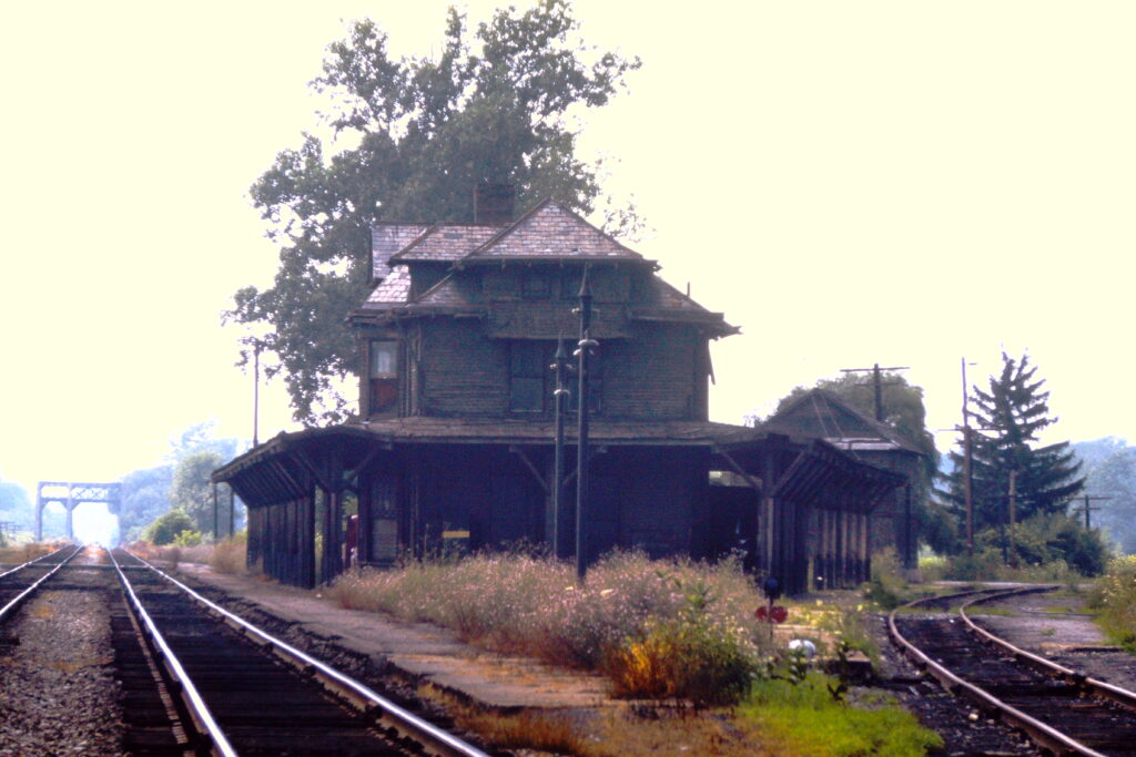 Rochester Jct. station, July 25, 1971. View is to the west. Paul J. Templeton photo.