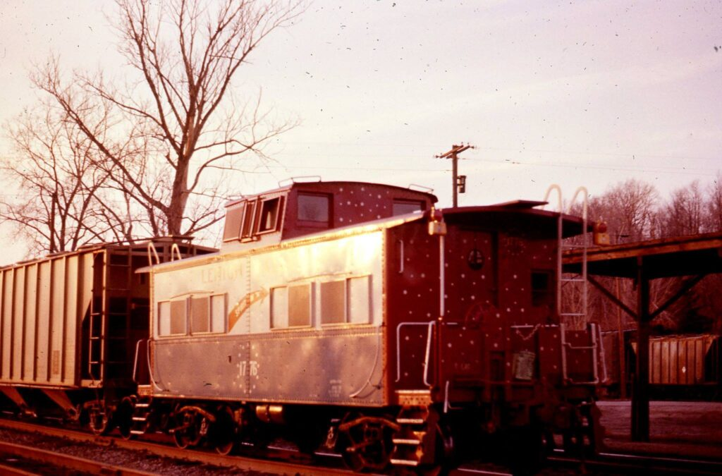 Westbound freight at Rochester Junction with the Bicentennial Caboose #1776. Mid 1970s. Ron Amberger photo.