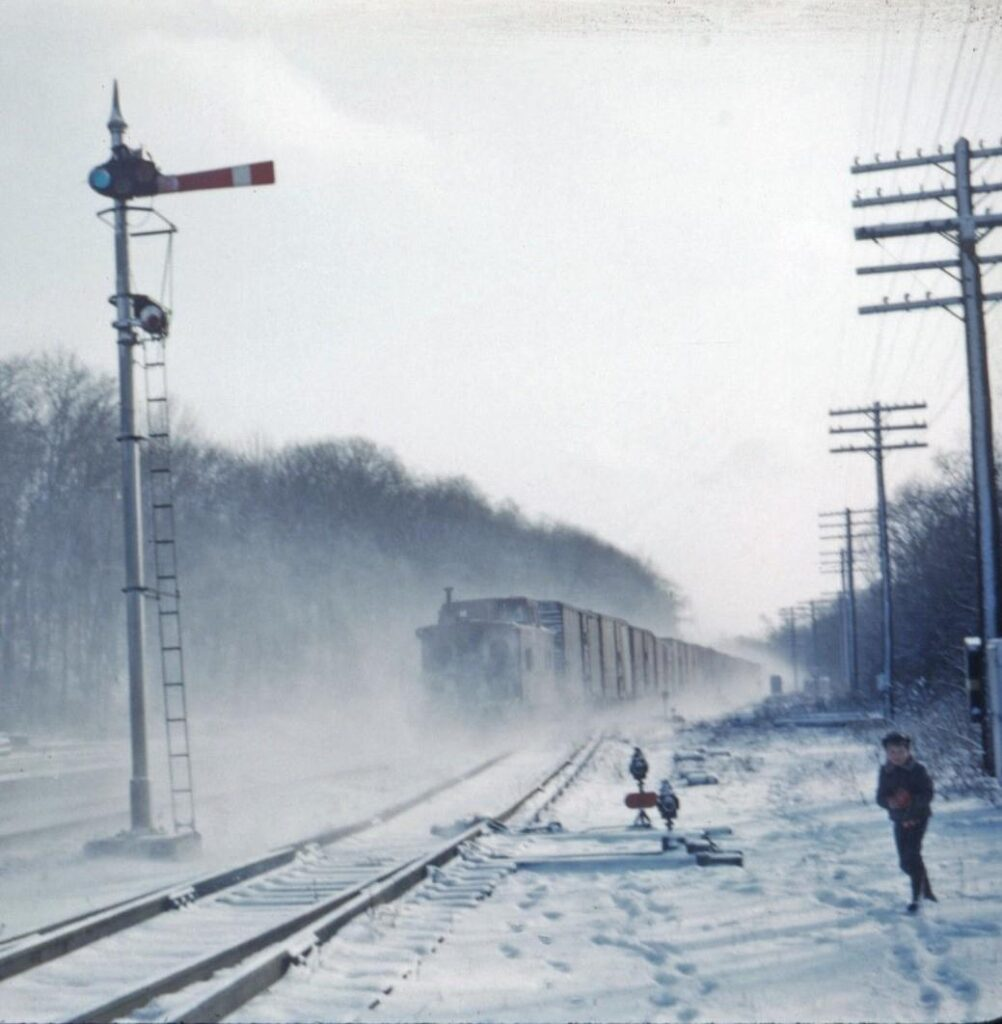 Lehigh Valley Eastbound freight at Rochester Junction, Honeoye Falls NY. 1957. Photographer unknown.